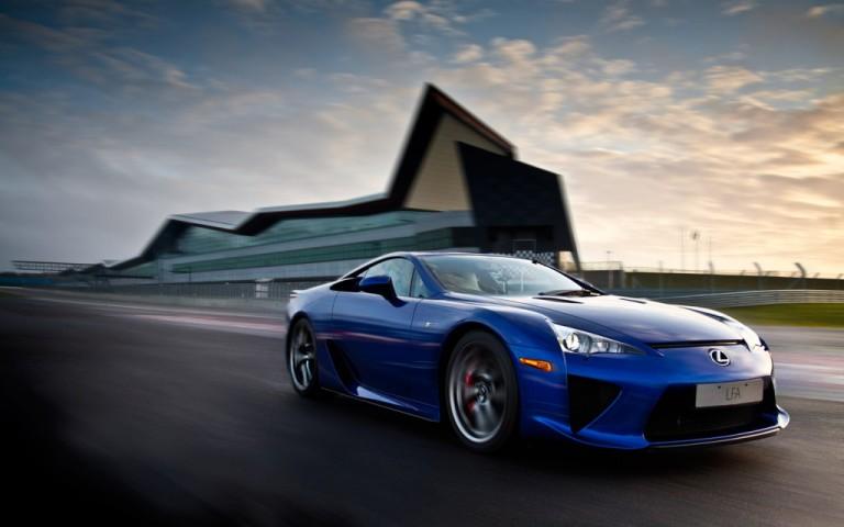 Lexus lfa blue